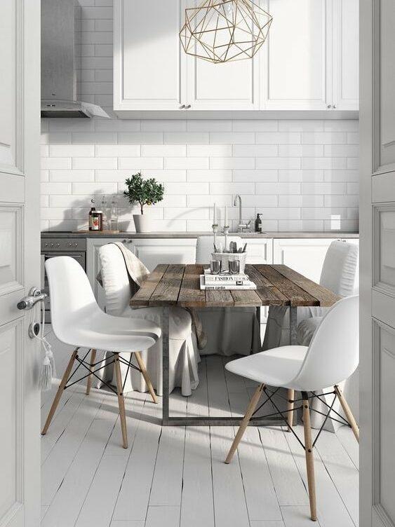 Minimalism - white walls, pale wood, chandeliers