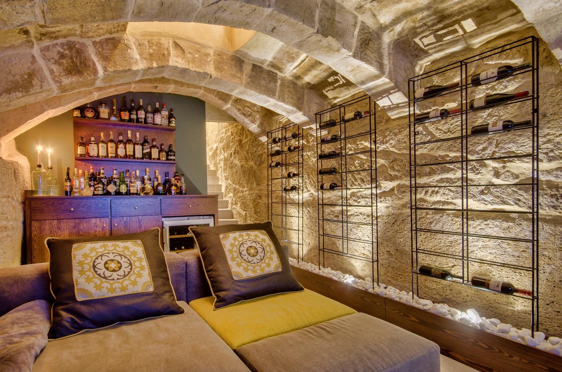 Cellar – bar and lounge area