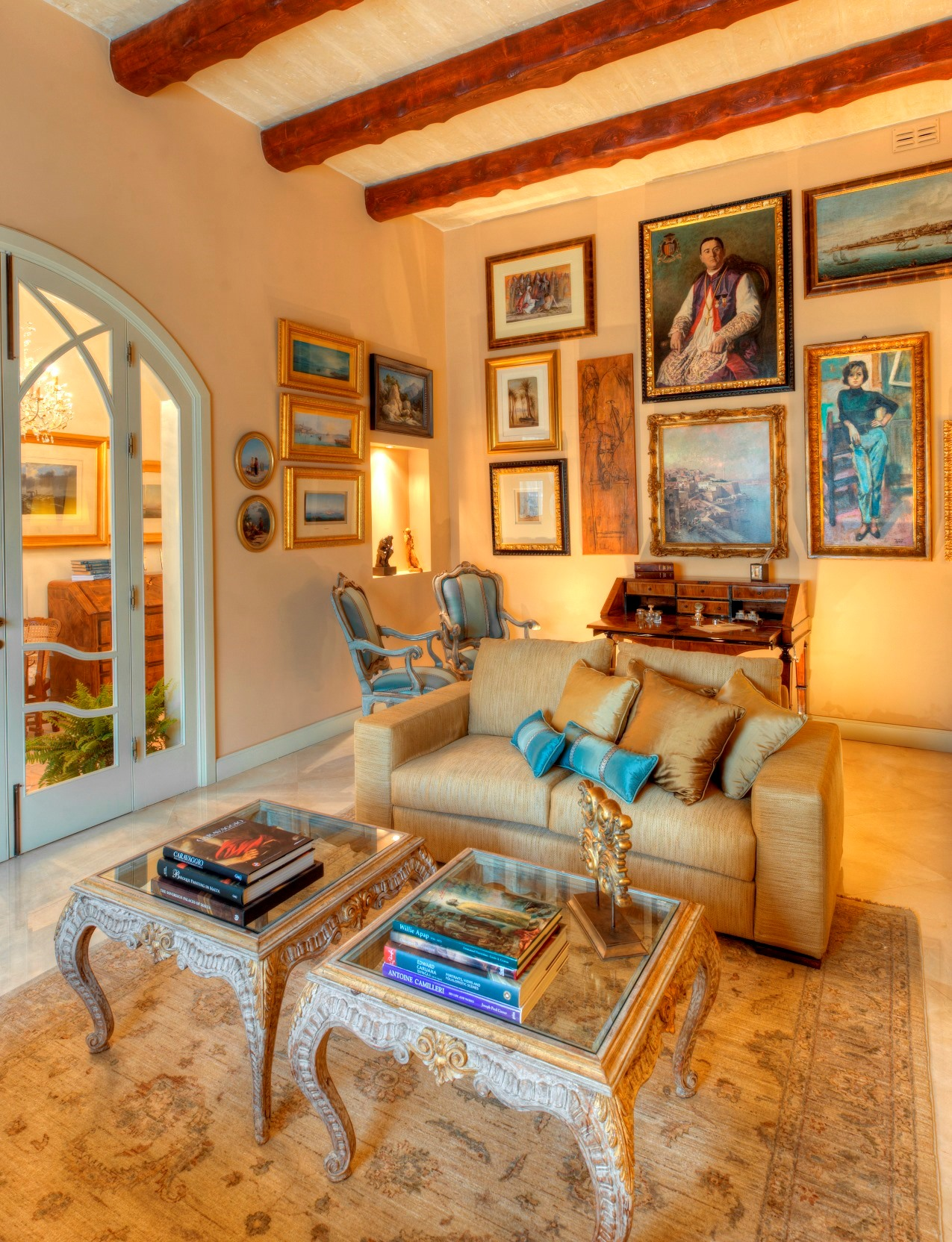 Entertainment Room – paintings, marble floor, antiques, low sofas