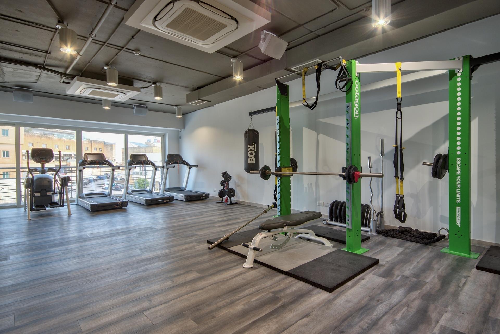 Gym – workout space, equipment, colour scheme