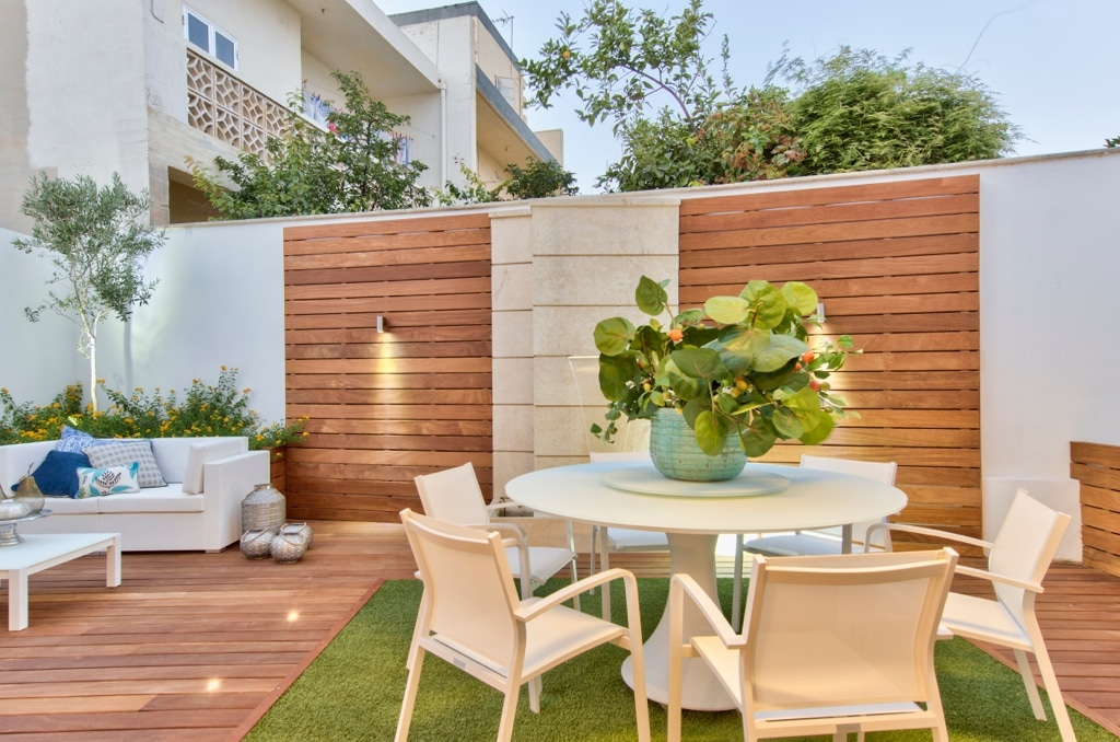 Garden – landscaping , wooden features, white furniture, plants, decking, colour accents