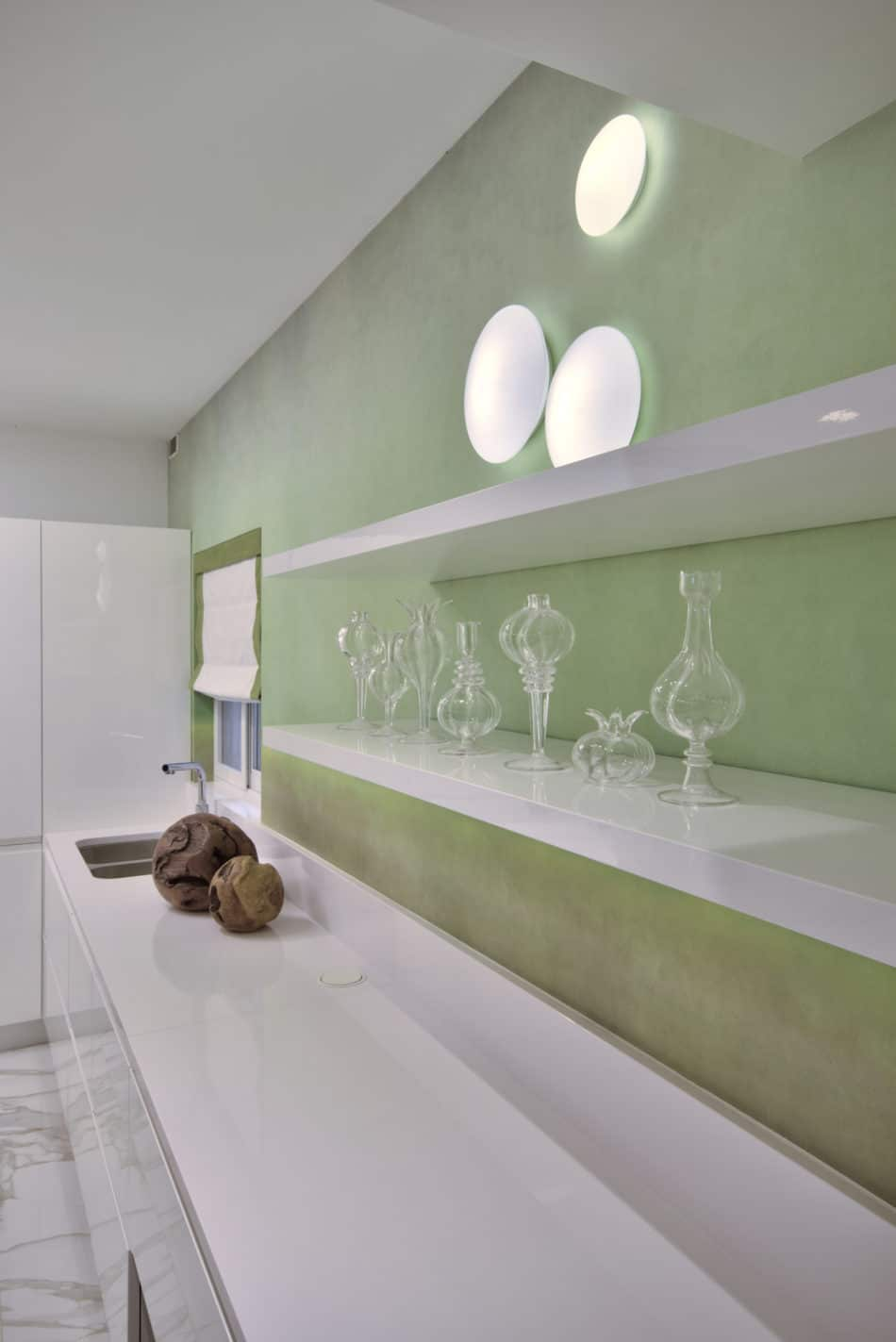 Kitchen – wallpaper feature, accessories, wall light feature