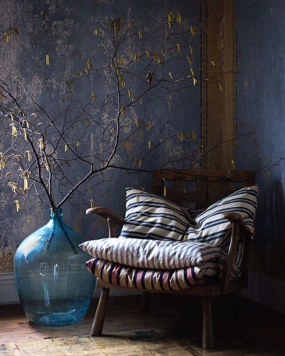 Wabi-sabi - simplicity, wood, texture, linens, baskets